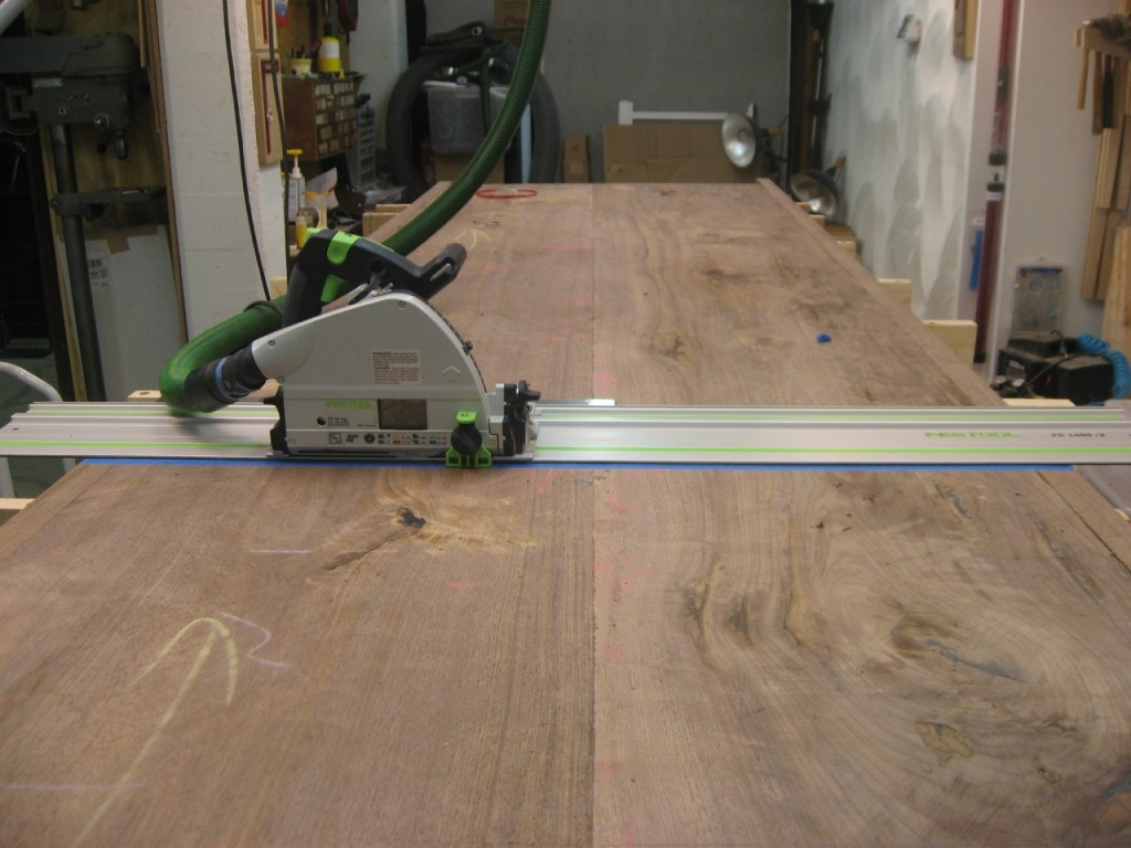 Festool TS55 ready to cut off the end