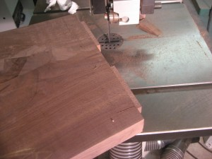 Cutting a tenon's width on the bandsaw