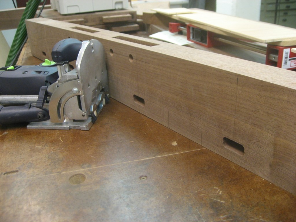 The Festool Domino cut the slots in the leg.